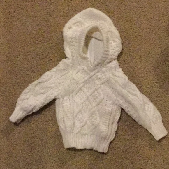 Grand Knitwear Other - CHUNKY CABLE KNIT SWEATER 12M 12 MONTHS WHITE ZIP